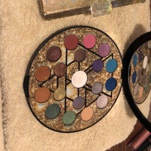 Urban decay elements palette